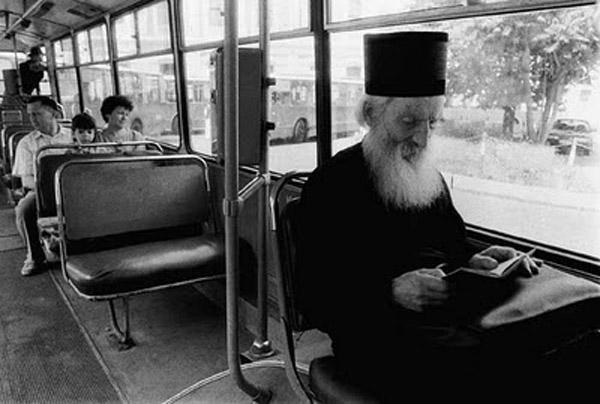Патріарх Сербії Павло їздив громадським транспортом