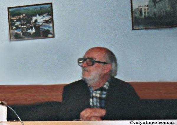 """Ростислав Метельницький на круглому столі """"Проблеми і перспективи старого міста"""" 24 квітня 2005 року"""