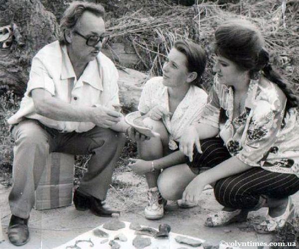 М.Кучінко на розкопках 1997 р.