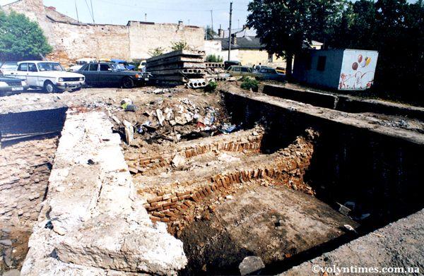 Підземна забудова на вул.Драгоманова