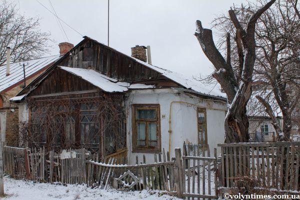 Садиба з ганком на вулиці Пролетарській