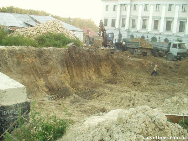 Знищення кургану Романсівка керівництвом Волинської єпархії УПЦ КП
